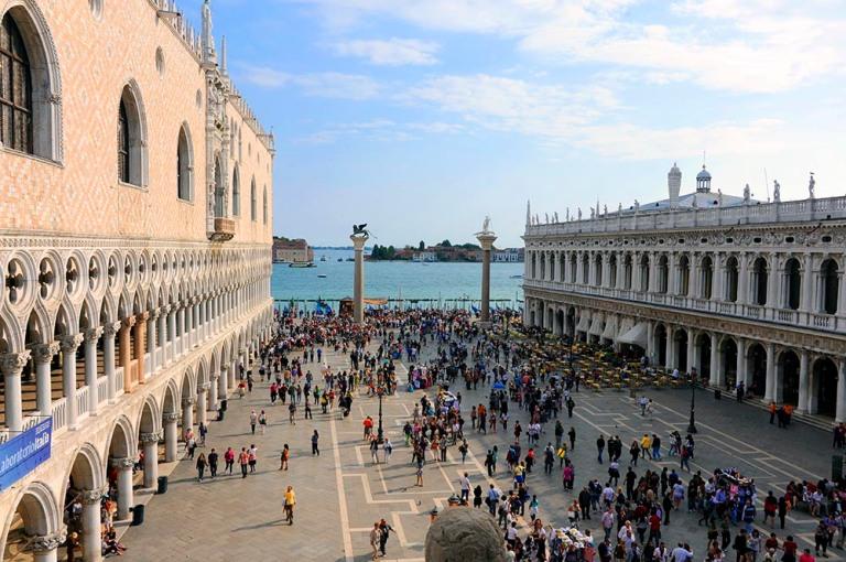 Venice_Piazzetta_4450_1000
